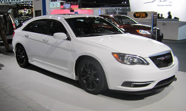 Chrysler 200 in GTA 6 car2 predict